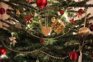 Das Team des Evangelischen Altenpflegeheims Bretten wünscht Ihnen ein frohes Weihnachtsfest und für das kommende Jahr 2018 alles erdenklich Gute.